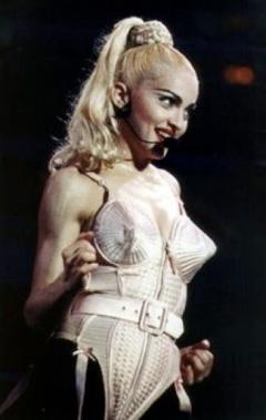 Madonna Blond Ambition 1990