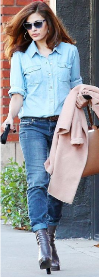 Eva Mendes In New York & Co. Jeans and Top and Prada Boots